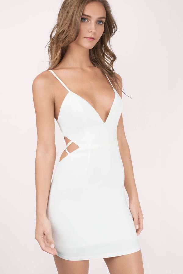Kill the scene at your next party with this beautiful white bodycon dress. Slay girl, slay!