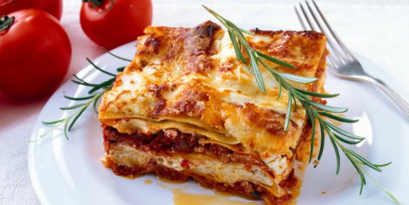Lasagna Recipes with Ricotta Cheese | how_to_make_a_meat__cheese_lasagna-93153.jpg