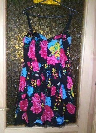 Kup mój przedmiot na #vintedpl http://www.vinted.pl/damska-odziez/krotkie-sukienki/18123084-sukienka-w-kwiaty-new-yorker
