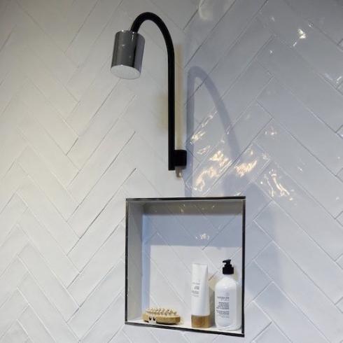 25 beste idee n over metro tegels badkamers op pinterest - Faience metro wit ...