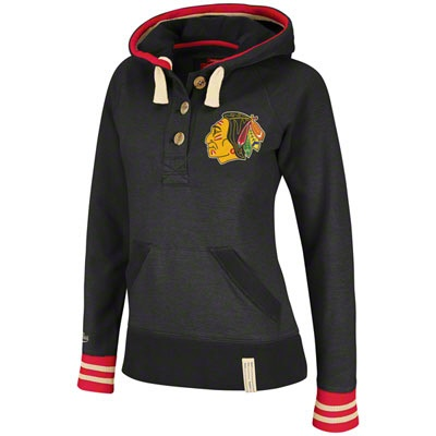 Chicago Blackhawks hoodie.. I waaaant