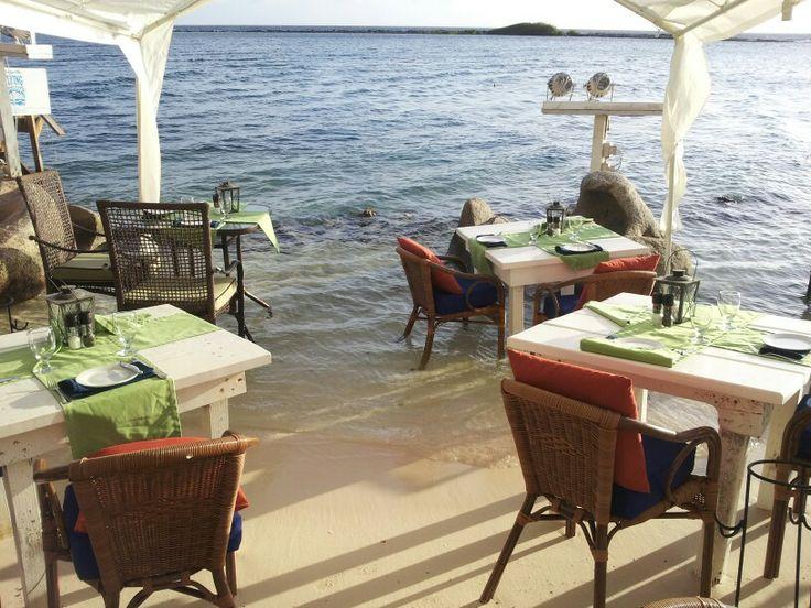 Flying fish bone restaurant in aruba vacation for Fish and bone restaurant