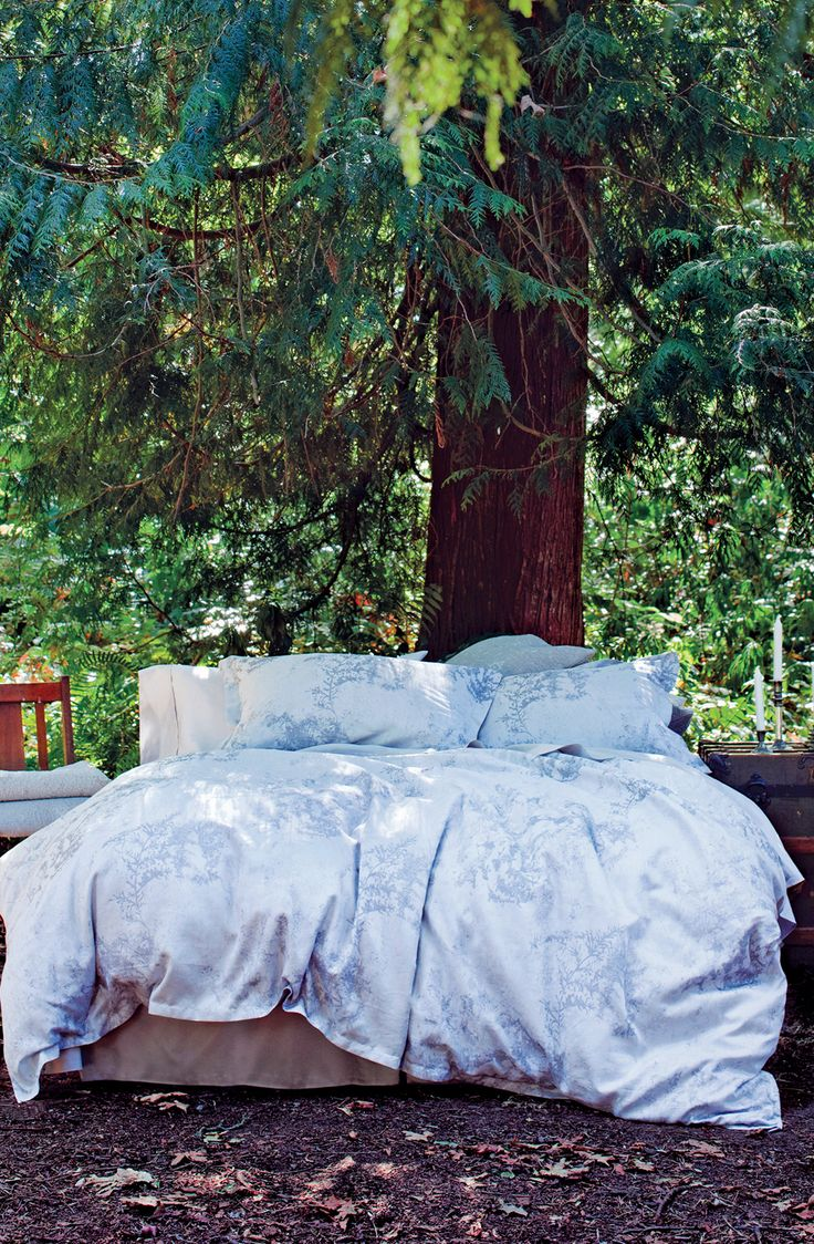 Nevatica Winter - St. Geneve Cristalli Collection Fall 2015 #cool #mood #nature #bedroom #duvet #cover #linens #blue