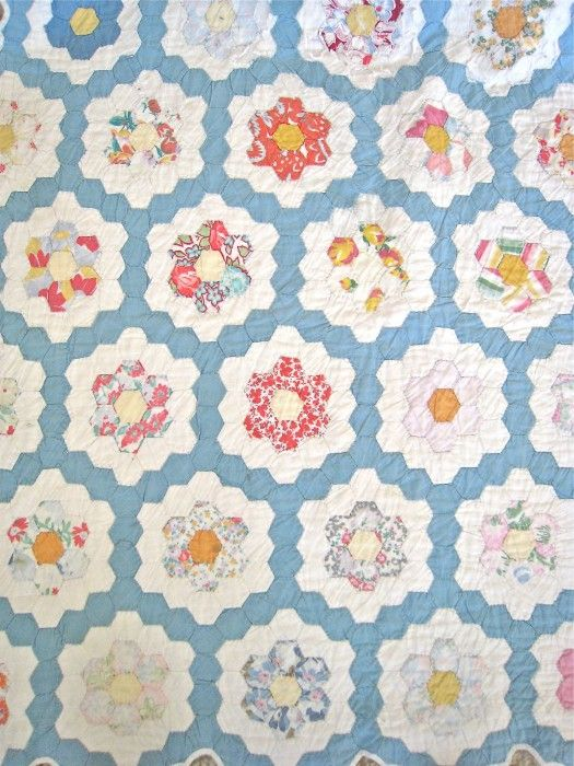 1365 best English Paper Piecing images on Pinterest | English ... : hexagon patterns for quilts - Adamdwight.com