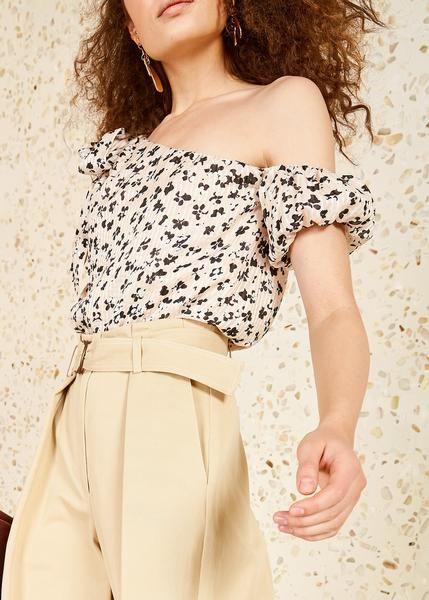 66d6928ad46da Description Ulla Johnson Femi top in blush. Size   Fit Fits true to size.