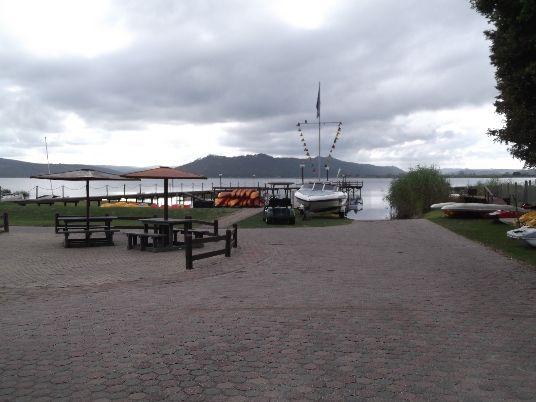 Pine Lake Marina, Sedgefields