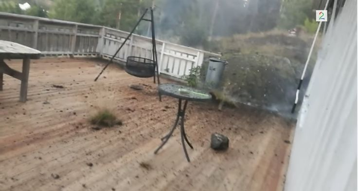 Guy Nearly Gets Zapped By Lightning In His Backyard [VIDEO] - http://all-that-is-interesting.com/man-films-lightning-strike-backyard?utm_source=Pinterest&utm_medium=social&utm_campaign=twitter_snap