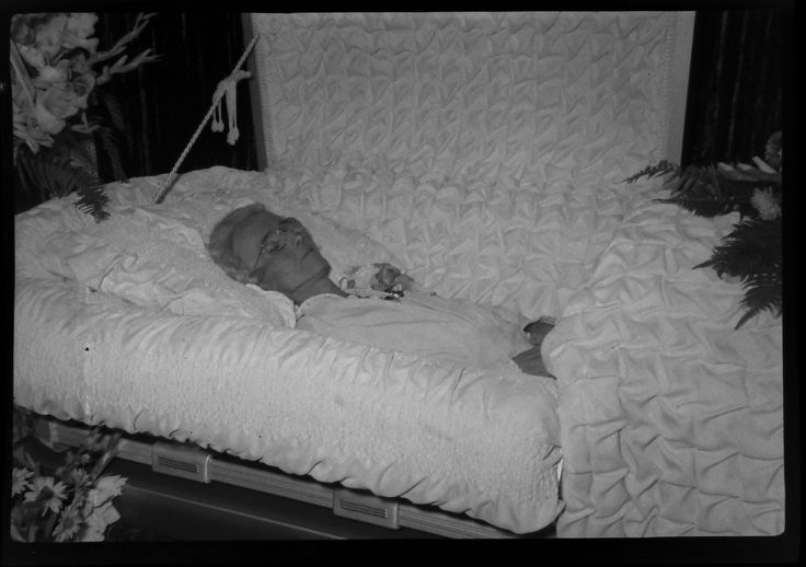 866 best images about The dead body on Pinterest | Infants ...