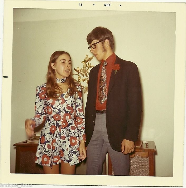 Vintage Old Photo Young Teenagers Couple 1970's Retro Fashion Dress Shorts Corts | eBay