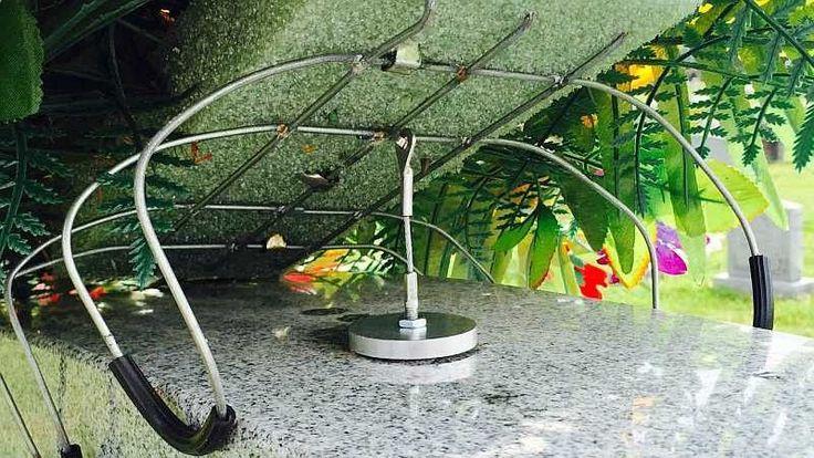 Headstone Flower Arrangement Anchor - Aluminum