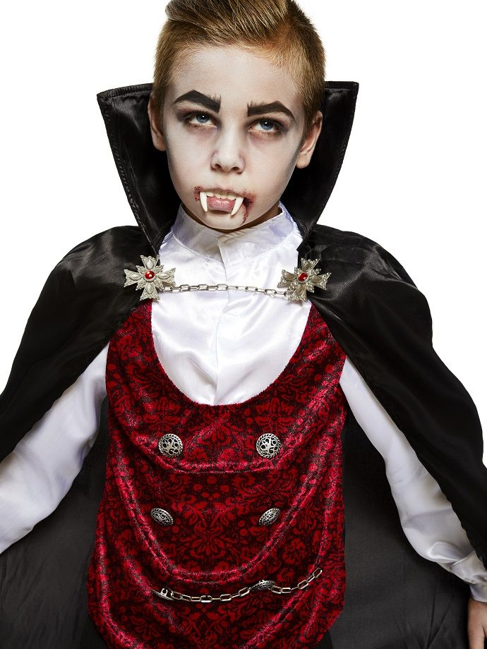 best 25 vampire costume kids ideas on pinterest kids vampire makeup vampire makeup for kids. Black Bedroom Furniture Sets. Home Design Ideas