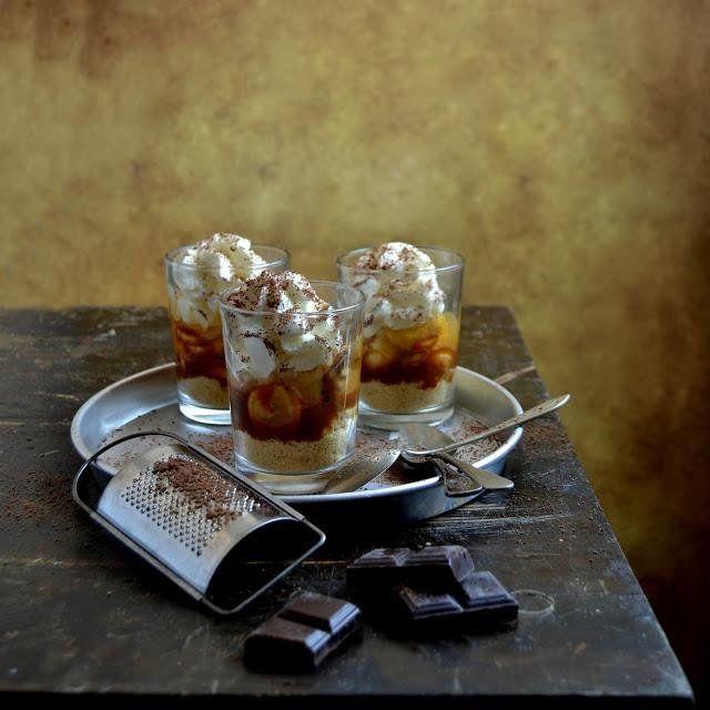 No es necesario que pases horas en la cocina para preparar un postre con el que sorprender. Como muestra, las recetas recogidas aquí por la autora del blog PUES TOMA DOS TAZAS.