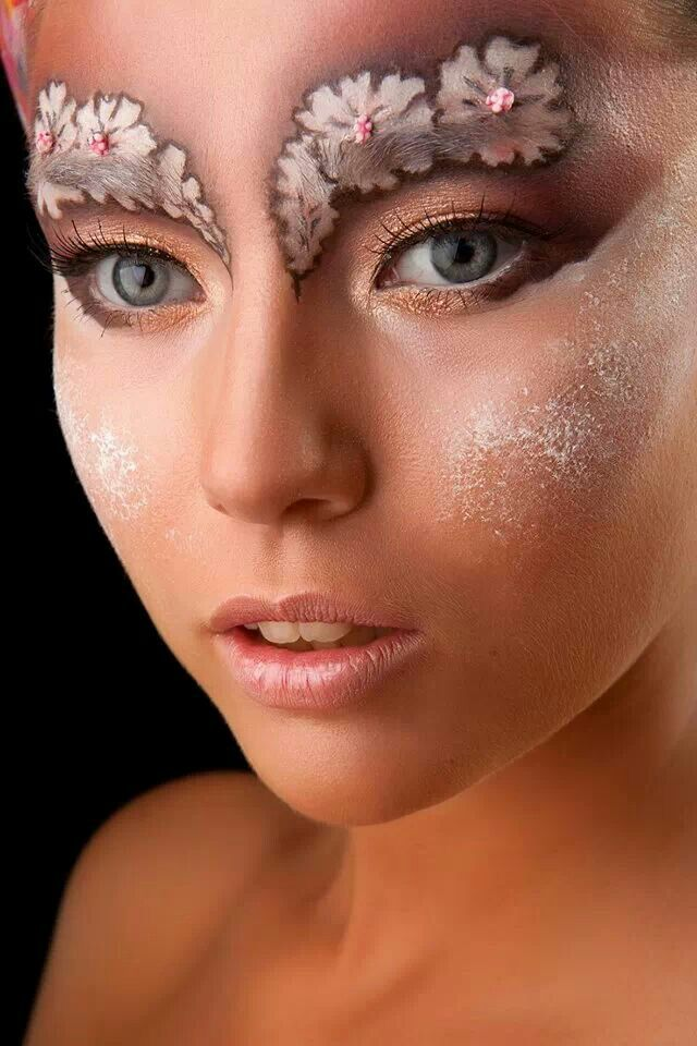 Super fun fairy makeup; Now, I'm not gonna do this for my costume but its really cool!