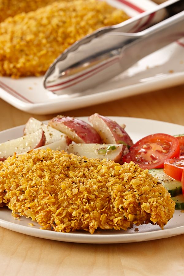 This gluten-free fried chicken recipe with a corn flake breading is ready in just 30 minutes. A perfect easy dinner for busy weeknights.