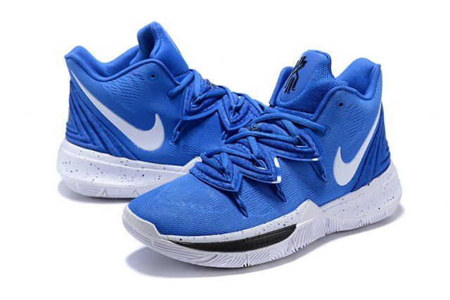 Asistir Parche Seguir  Nike Kyrie 5 Duke Blue Devils PE Men's Basketball Shoes Irving Sneakers | White  basketball shoes, Nike kyrie, Basketball shoes