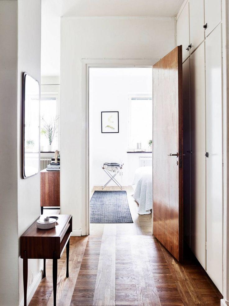 Sketched lookbook // entrance hall // Compact wonen