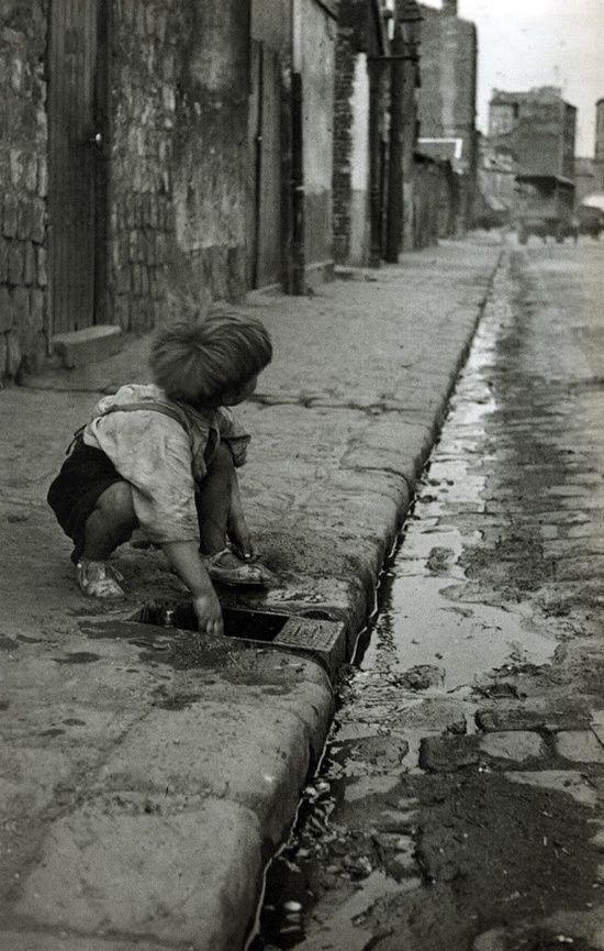 Paris, Zone de Clignancourt, 1936 // René Jacques