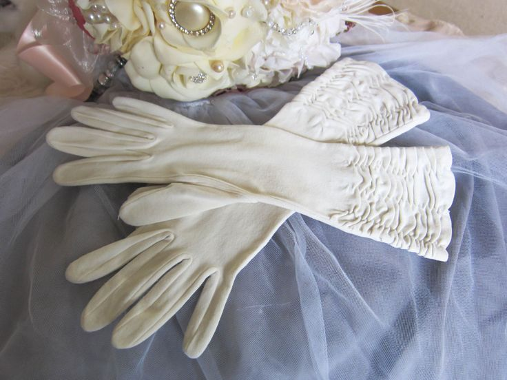Vintage wedding gloves, ivory gloves, medium length gloves, ruched gloves, evening gloves, prom gloves, bridal gloves 1950's glove burlesque by thevintagemagpie01 on Etsy