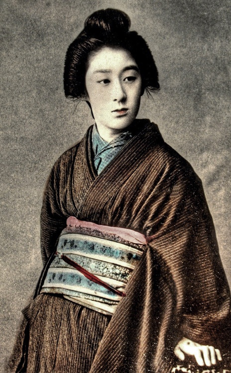 Portrait of woman in kimono.  Hand-colored photo, about 1870's-180's, Japan. Image via ookami_dou of Flickr