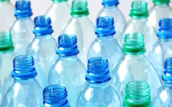 Scoperto da un team giapponese un batterio in grado di eliminare la plastica dal mare --->>> http://it.blastingnews.com/ambiente/2016/03/scoperto-da-un-team-giapponese-un-batterio-in-grado-di-eliminare-la-plastica-dal-mare-00833683.html