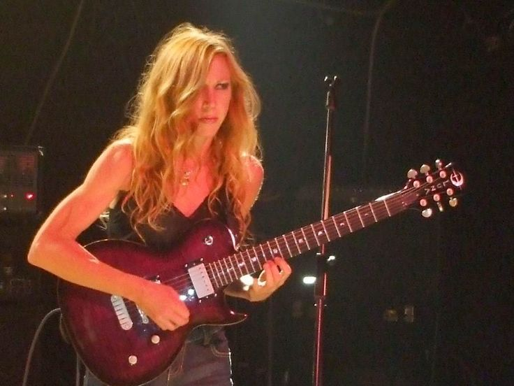 224 Best Images About Girls With Guitars On Pinterest: 136 Best Images About Female Guitarists On Pinterest