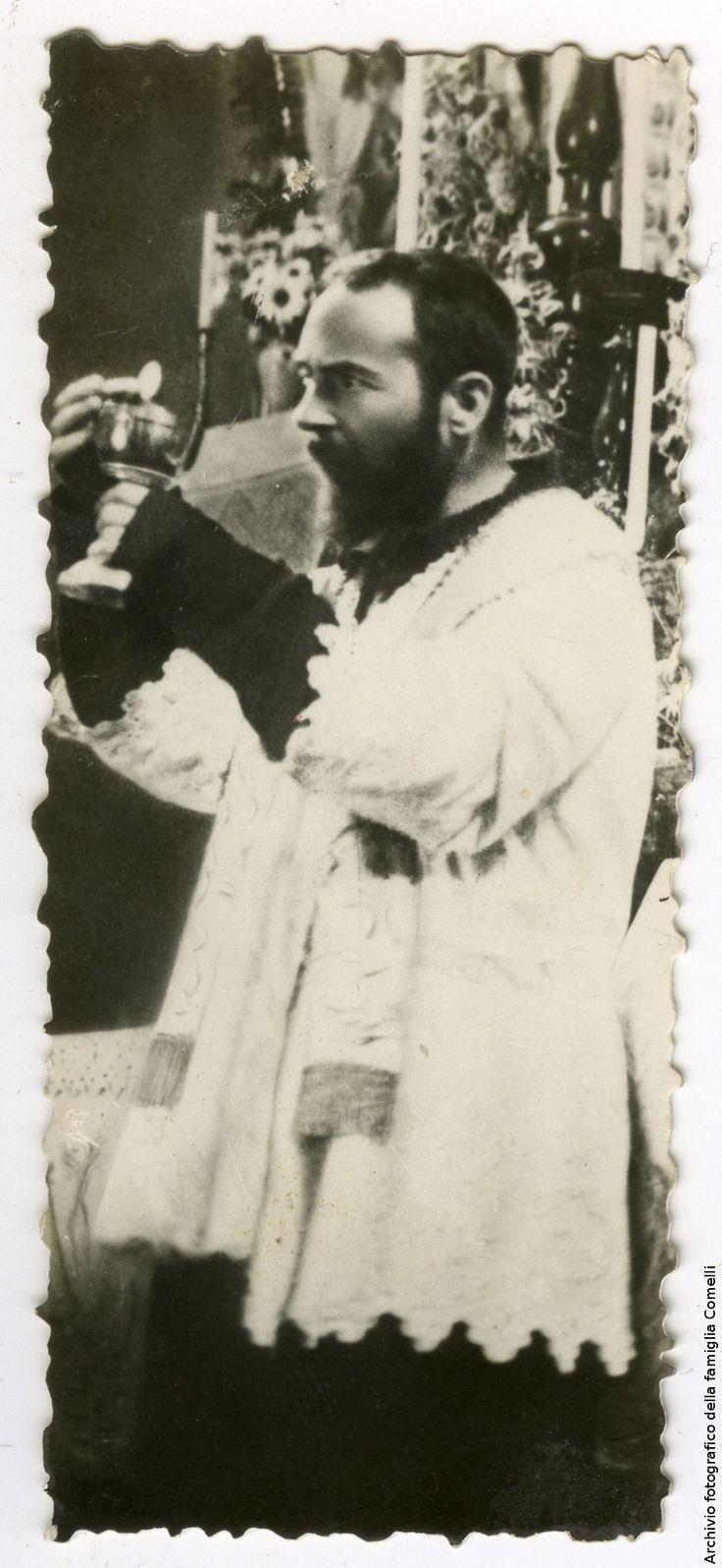 FT0018   Ritratto di padre Pio da Pietrelcina   Una città per gli archivi