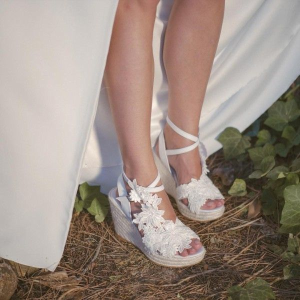 91c84cace05 Ivory Lace Floral Platform Wedding Sandals Peep Toe Wedge Sandals for Party