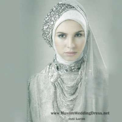 Muslim women wedding dress