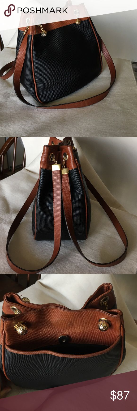 "BOTTEGA VENETA MARCO POLO BAG Autentic,in very good condition .  Measurements: H 11"" ,W 7,5"" upper part ,9,5"" bottom p ,D 5,5"" Handle drop 16"" Bottega Veneta Bags"