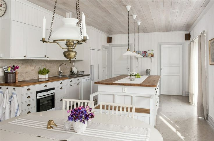 Stor Tavla Kok : vitt kok med kokso  Kok med kokso Koksoar Pinterest Villas