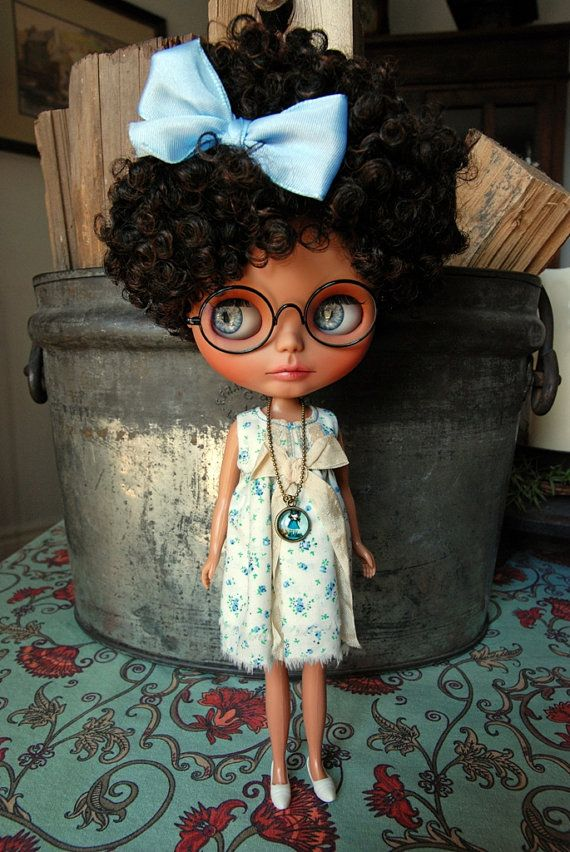 Blythe Doll Pendant Necklace Set 1 Your choice by AuntieShrews