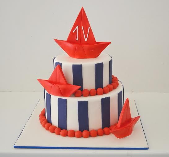 Let's sail away! #3D #sugarpaste #cake #summer #mood on! www.thesweetspot.gr