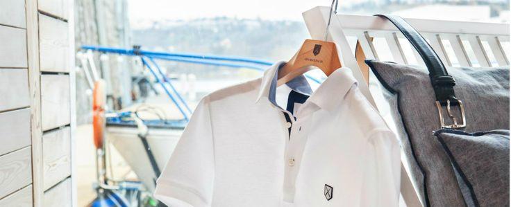 Česko je, co se týče pravidel odívání, dost benevolentní, ale vědět, jak se správně obléknout, je krokem kúspěchu. Formálníudálosti nesmít...
