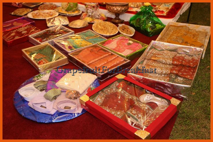 Traditional Indian Wedding Gifts: Dalas Made For My Bangladeshi / Bengali Holud Ceremony