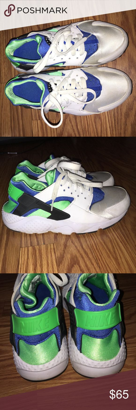 White green blue and black huaraches Really good condition about 8 1/2 out of 10 condition . Super comfy and stylish ! Willing to negotiate offers! Don't have the box for them anymore Nike Shoes Sneakers