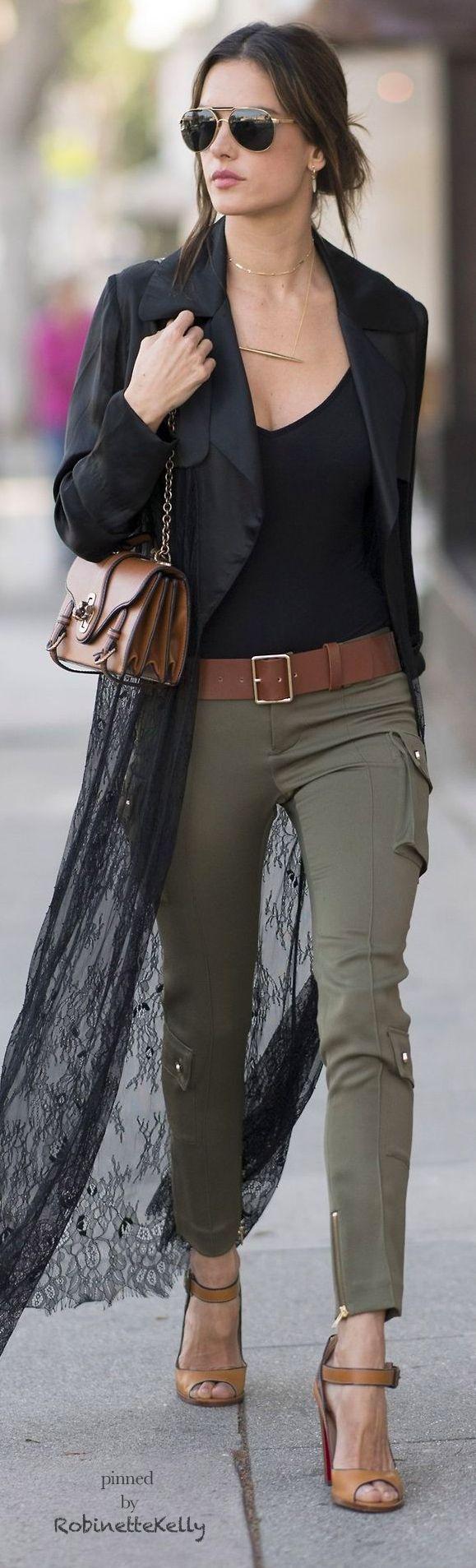 Alessandra Ambrosio | Street Style