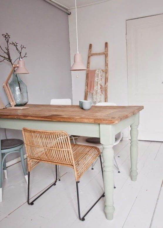 7 best images about Combles on Pinterest Sweets, Window coverings - peinture pour relooker meuble en bois