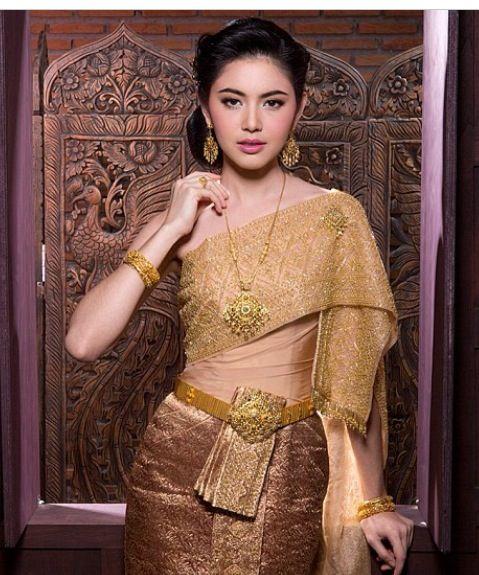 Gold Thai Traditional Wedding Dress Asian Theme