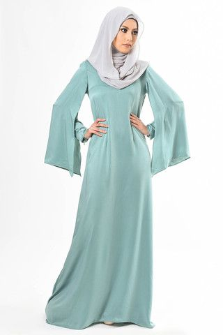 http://www.hijabiworld.com/simple-muslim-dresses/