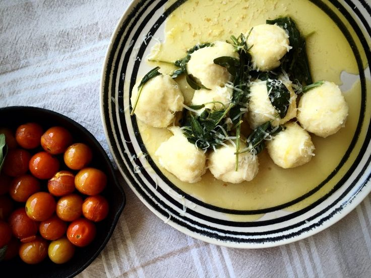 Ricotta and parmesan gnudi