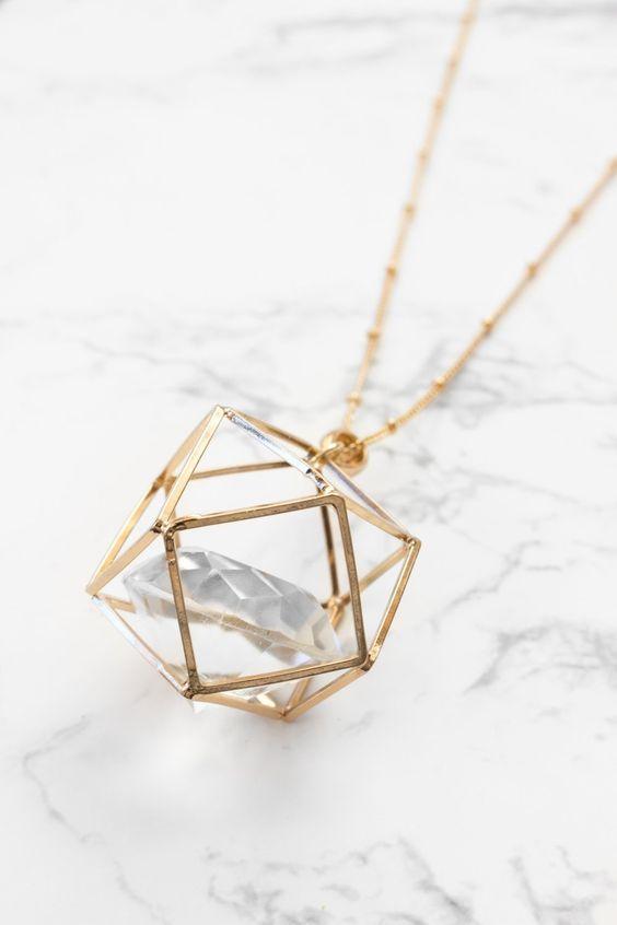 Prisma + Diamant-Halskette