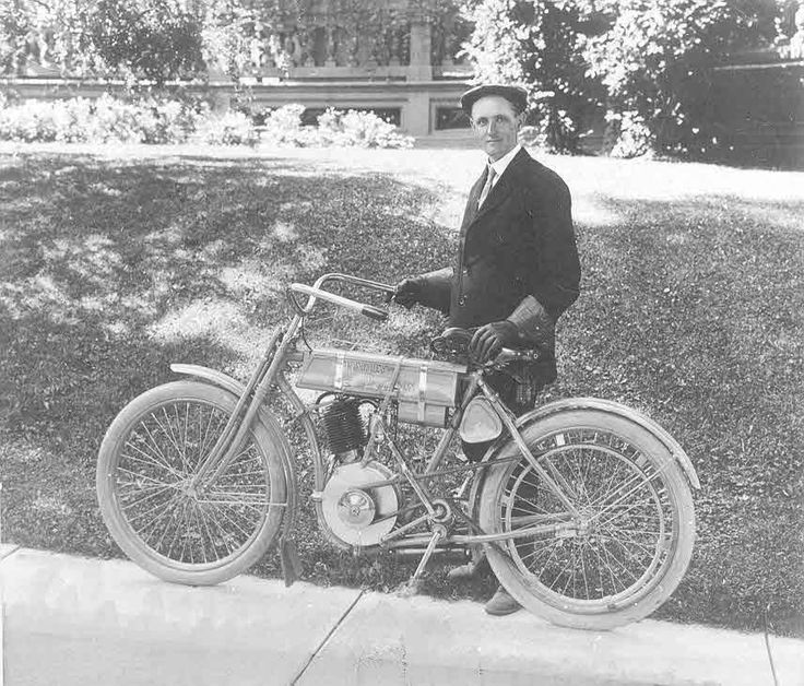 This Day in Harley-Davidson History – June 29, 1908 – Walter Davidson wins the 7th Annual Federation of American Motorcyclists (FAM) Endurance and Reliability Run with a perfect score.