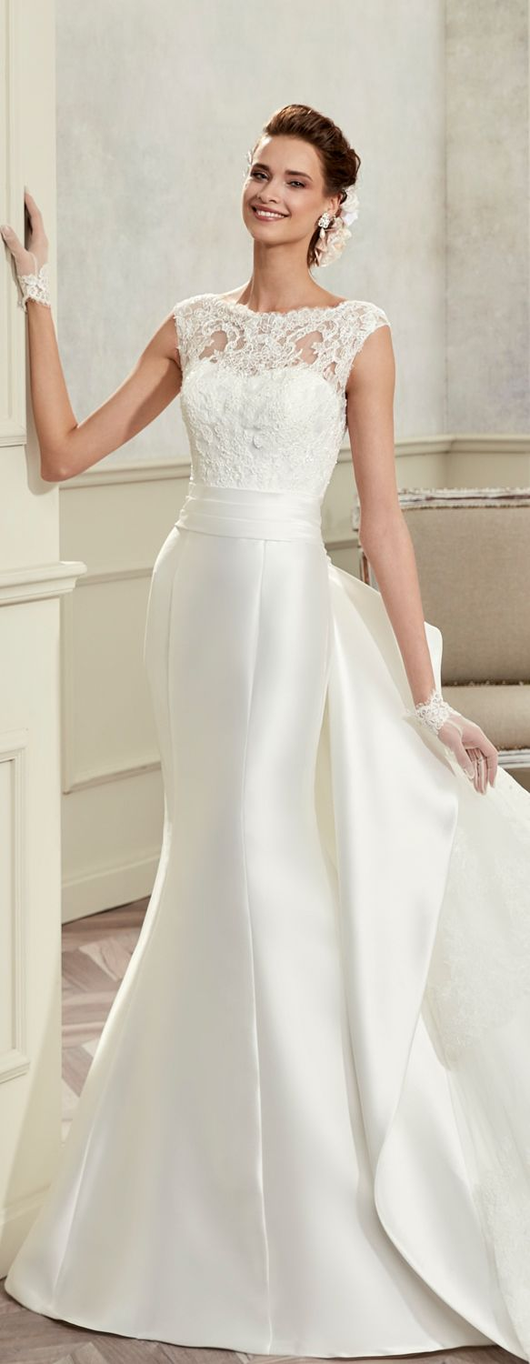 Colet ivory mermaid gown, in mikado with rebrodè beading lace. Colet 2017 Collection - Wedding dress