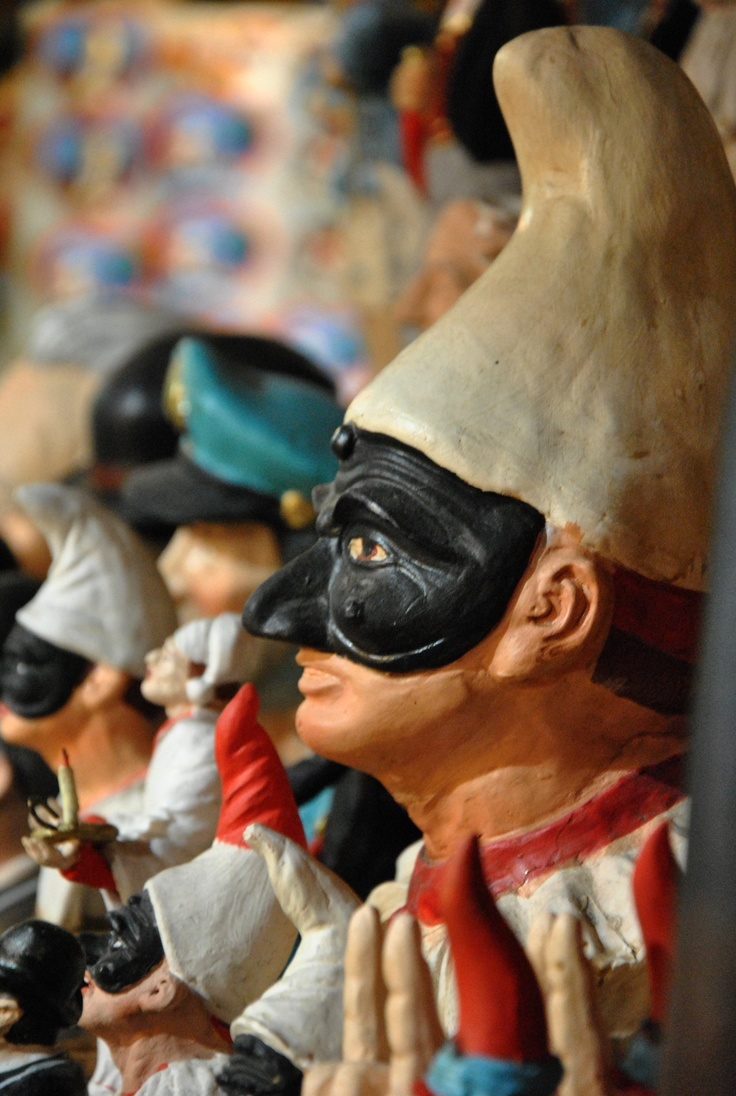 #Napoli - Cappiello Laura - Le maschere di Napoli. #Naples - Neapolitan Masks. #Italy