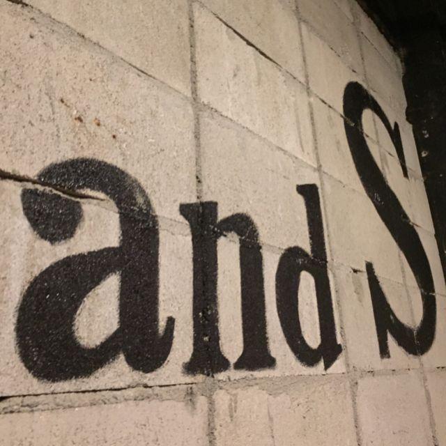 昨日の夜🌙✨✨ 楽しかった💖 #andS #天文館 #鹿児島 #乾杯 #肉 #ステーキ #meat #steak #美味しい #楽しい #カラオケ #ck #アボカド #salad #ササミチーズ #fried #dinner #gourmet #安定のご飯大盛り #居眠り #くま