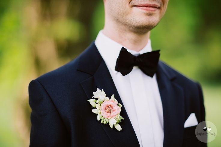 INNA Studio_buttonhole / butonierka z różą / fot. Bajkowe Śluby