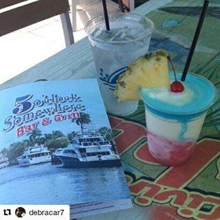 Credit to @debracar7  ・・・ #HollywoodFL #IminHeaven #5oclockSomewhere #Margaritaville #LiveitLoveitFeelit #perfect #debracar7💋 ☀ ☀ ☀ #HollywoodTapFL #HollywoodFL #HollywoodBeach #DowntownHollywood #Miami #FortLauderdale #FtLauderdale #Dania #Davie #DaniaBeach #Aventura #Hallandale #HallandaleBeach #PembrokePines #Miramar #CooperCity #Plantation #SunnyIsles #MiamiGardens #NorthMiamiBeach #Broward (at It's 5 O'clock Somewhere, Hollywood Beach, Florida)