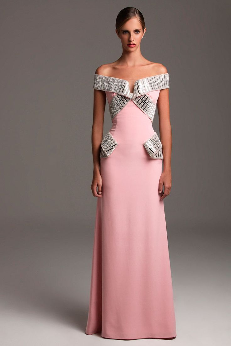 Miss Venezuela's Evening Gowns by Gionni Straccia ...