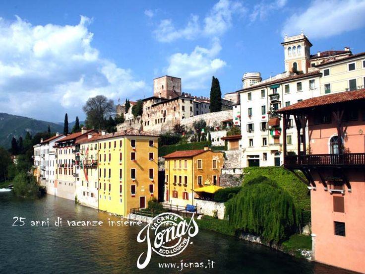 Bassano del Grappa è situata in Veneto, al confine tra le provincie di Vicenza, Padova e Treviso. La città si trova ai piedi delle Prealpi Venete (Altopiano di Asiago e Monte Grappa), nel punto in cui il Brenta sbocca dal Canale di Brenta (Valsugana).