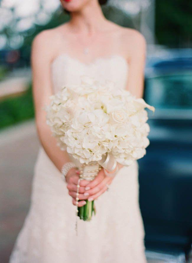 stunning hydrangeas   Photography By http://michellemarch.com: Bridal Bouquets, Hydrangeas Photography, Diy'S Details, Weddings Bouquets, Bouquets 903904, Bouquets Flow, Marching Photography, Stunning Hydrangeas, Miami Weddings